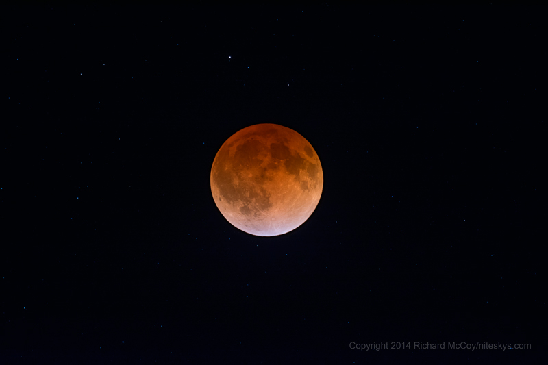 Lunar Eclipse - 04/15/2014, 1:46 AM. Copyright 2014 Richard McCoy